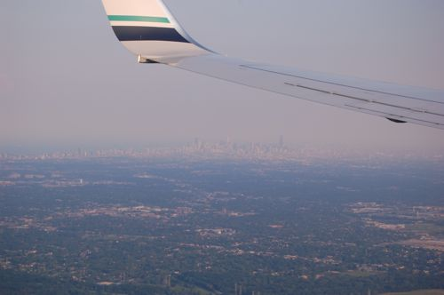 Hazy Chicago skyline.jpg