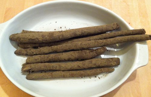 Raw muddy salsify